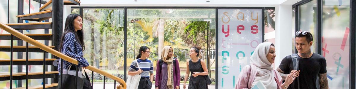 London College for Design & Fashion (Hanoi) cover